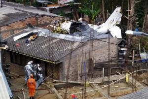 Κολομβία: Συντριβή αεροσκάφους στην Ποπαγιάν – 7 νεκροί [pics]