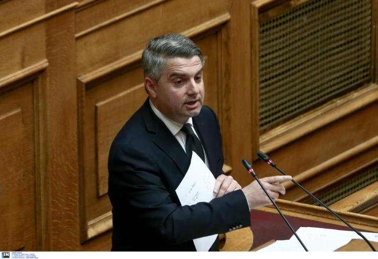 Κωνσταντινόπουλος: Ο ΣΥΡΙΖΑ και ο κ. Χαρίτσης να απολογηθούν για τους μετακλητούς υπαλλήλους
