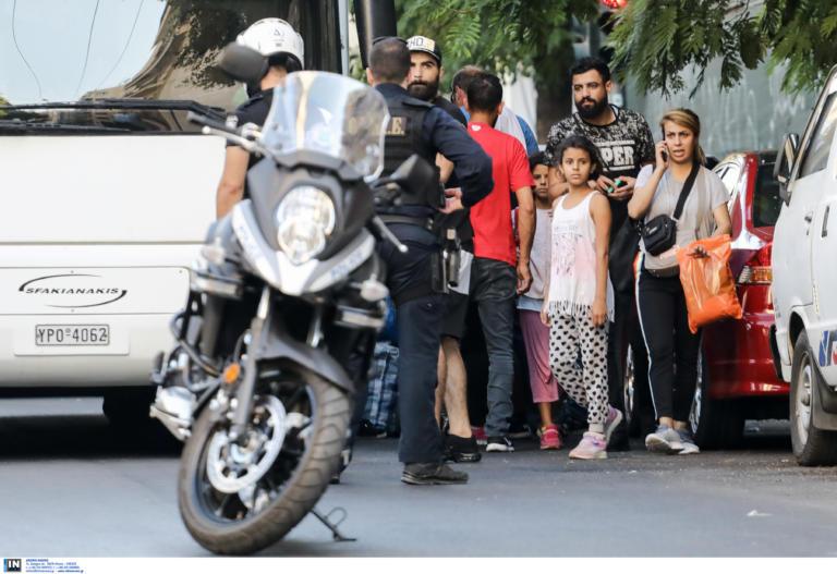 ΠΑΜΕ: Να υπάρξουν πραγματικά αξοπρεπείς συνθήκες για τους πρόσφυγες