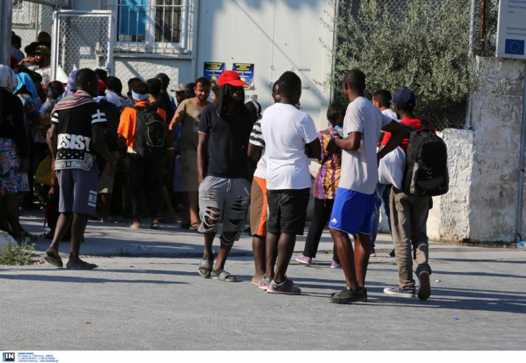 Άγρια επεισόδια μεταξύ προσφύγων στην Μόρια!