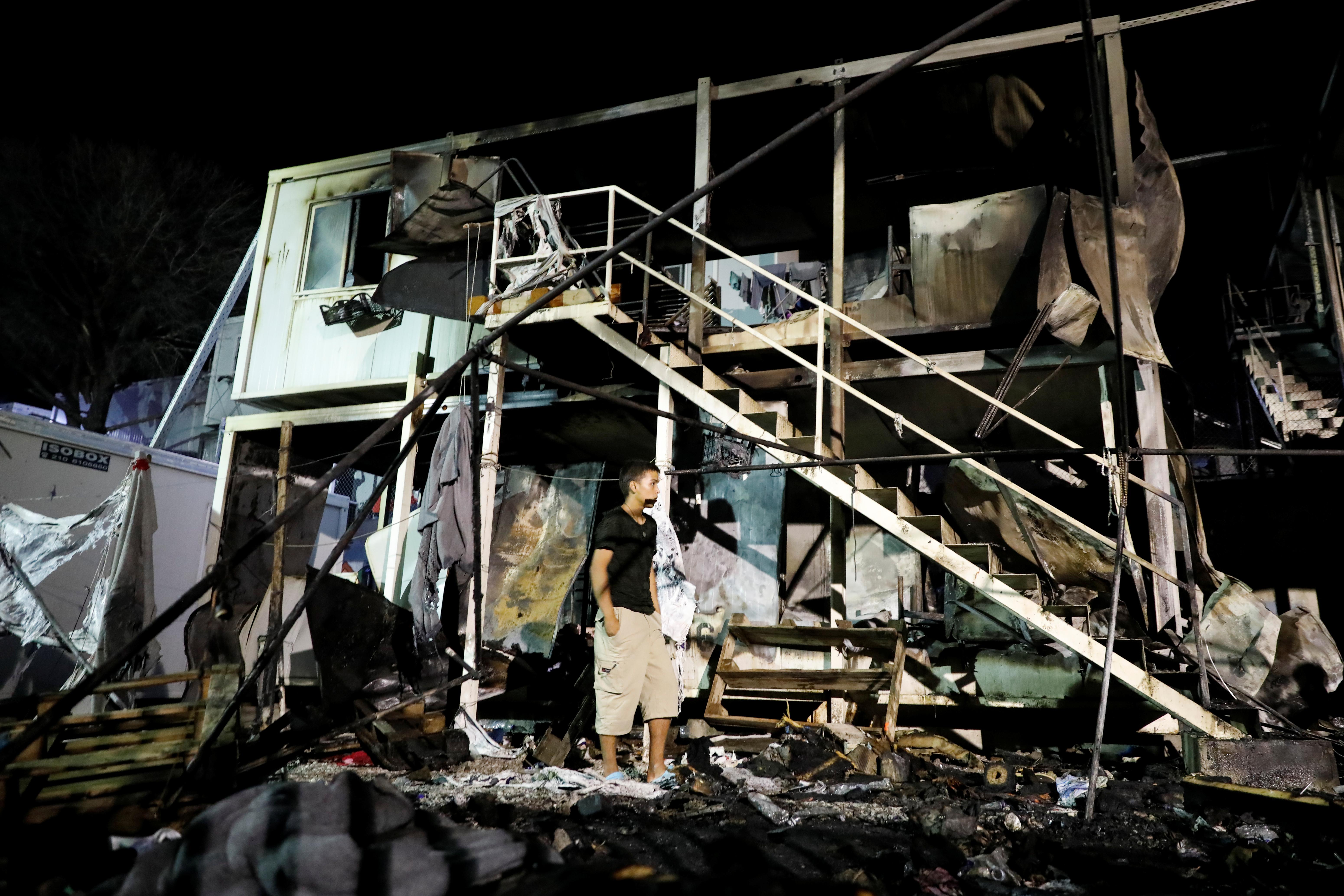 Από έκρηξη φιάλης υγραερίου προκλήθηκε η πυρκαγιά που κάηκε ζωντανή πρόσφυγας στη Μυτιλήνη