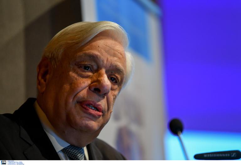 Παυλόπουλος: Εμείς οι Έλληνες, θα θυμόμαστε τον Ζακ Σιράκ…