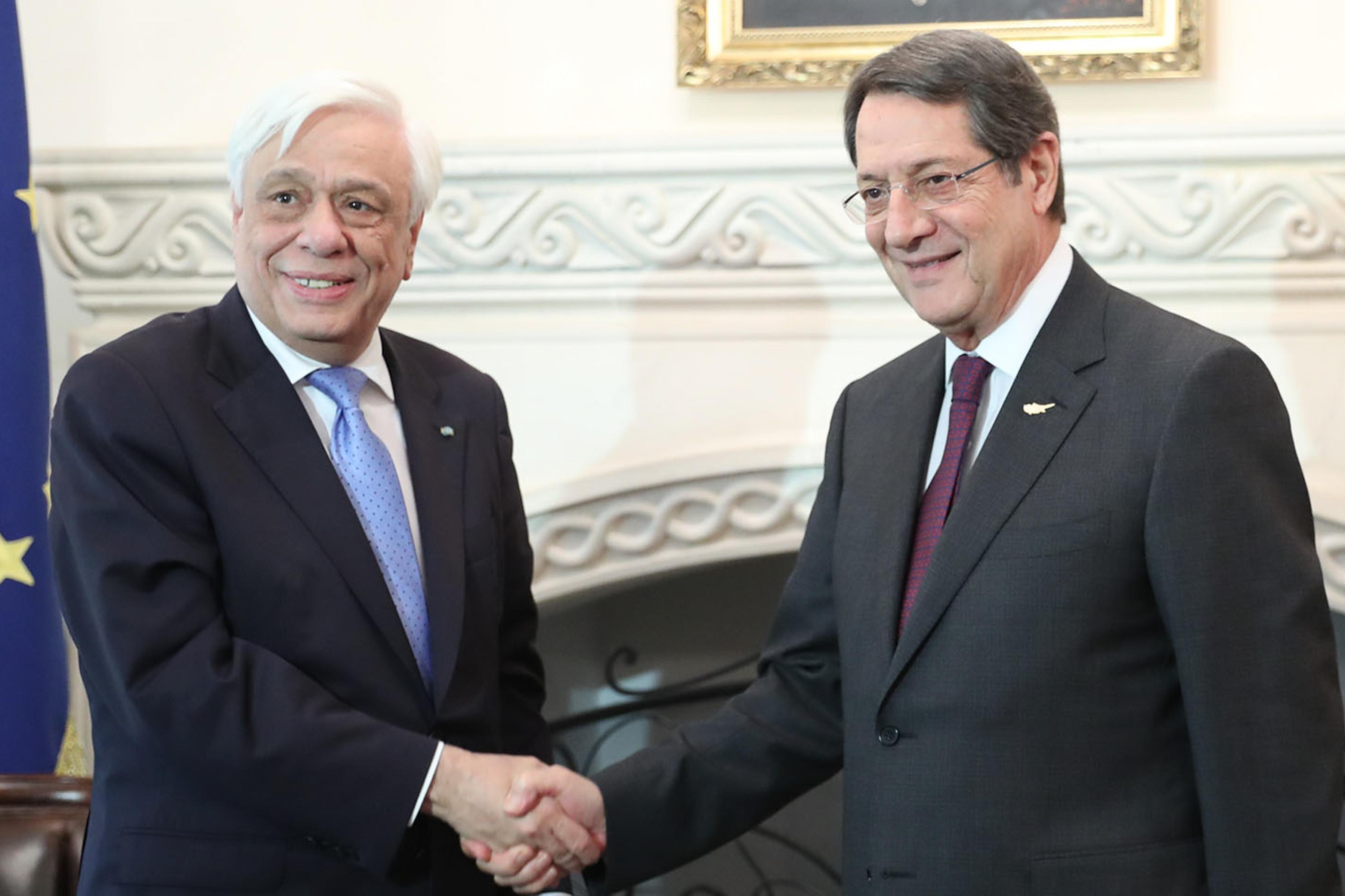 Επικοινωνία Παυλόπουλου – Αναστασιάδη για τις εξελίξεις στο Κυπριακό