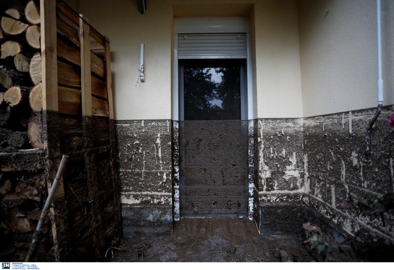 «Είπα πάει! Θα πνιγούμε»! – Μαρτυρίες για την θεομηνία της Θεσσαλονίκης