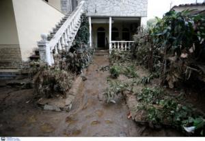 """Εικόνες καταστροφής από την Ευκαρπία – """"Βούλιαξε"""" στη λάσπη η Θεσσαλονίκη"""