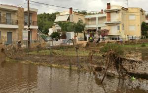Διευκολύνσεις για εργοδότες και ασφαλισμένους που «χτυπήθηκαν» από πλημμύρες