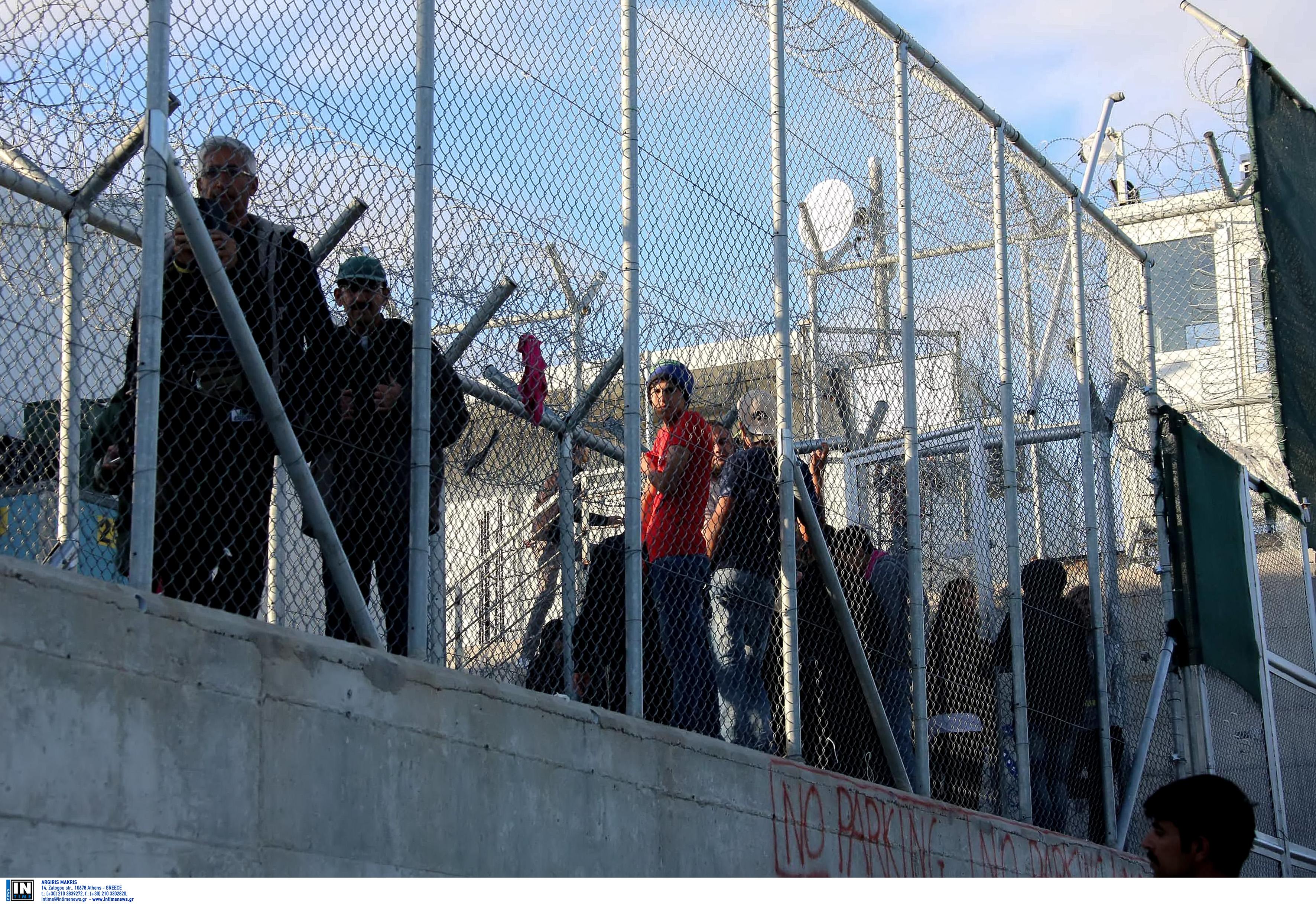 Μυτιλήνη: Υπερψηφίστηκε οριακά η πρόταση για νέα δομή προσφύγων και μεταναστών