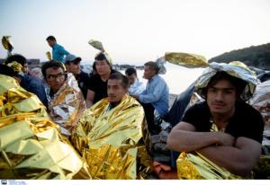 Λέσβος: Νέες καραβιές προσφύγων και μεταναστών – Αδιέξοδο στο προσφυγικό – Ξανά «ασφυξία» στη Μόρια [pics]