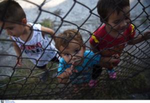 Μυτιλήνη: Έφυγε και το δεύτερο πλοίο με πρόσφυγες από τη Μόρια