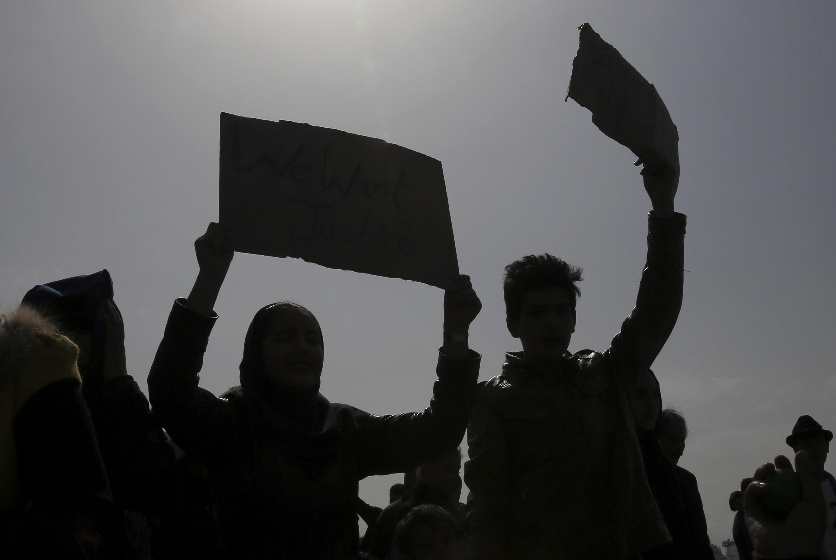 Γερμανία: Διαστάσεις παίρνει η υπόθεση Αφγανού πρόσφυγα που κρατείται στην Ελλάδα