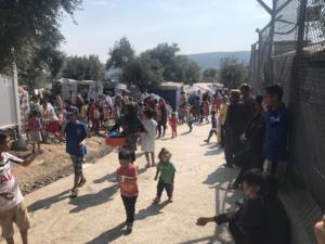 «Πνίγεται» η Μόρια – Πάνω από 12.000 πρόσφυγες και οι αφίξεις συνεχίζονται