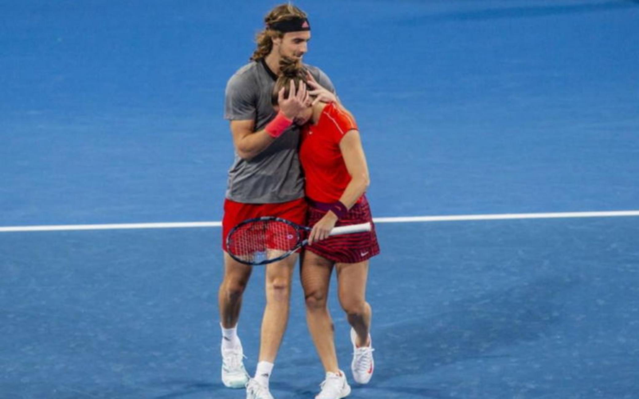 """""""Ενώνονται"""" Τσιτσιπάς και Σάκκαρη σε όλα τα τουρνουά του τένις"""