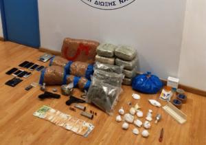 Εξαρθρώθηκε σπείρα που διακινούσε κοκαΐνη και χασίς στην Αττική