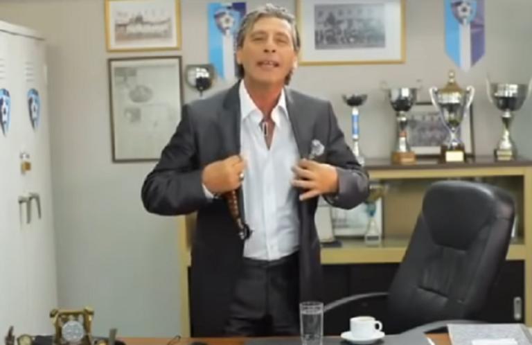 """Τάκης Σπυριδάκης: """"Αγαπούλα πούλα"""" και ο """"Πίου το μαύρο πιστόλι"""" που άφησαν εποχή στην τηλεόραση"""