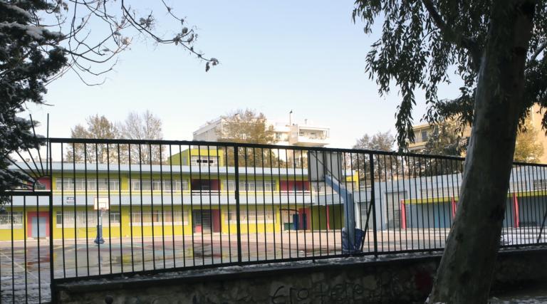 Κανονικά ο αγιασμός στα σχολεία στο Χαϊδάρι που επλήγησαν από τον σεισμό στην Αττική