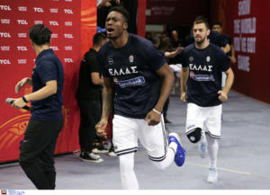 Τσεχία – Ελλάδα: Μέσα κι ο Θανάσης! Κανονικά στον «τελικό» ο Αντετοκούνμπο