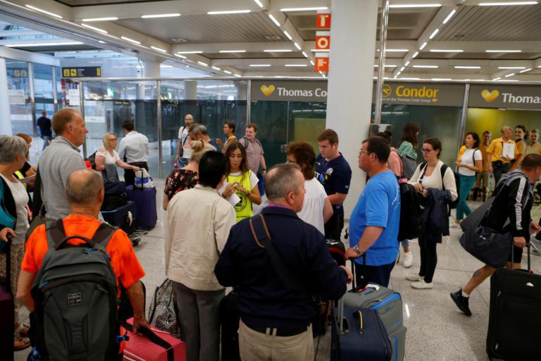 Thomas Cook: Πάνω από 50.000 τουρίστες είναι εγκλωβισμένοι στην Ελλάδα