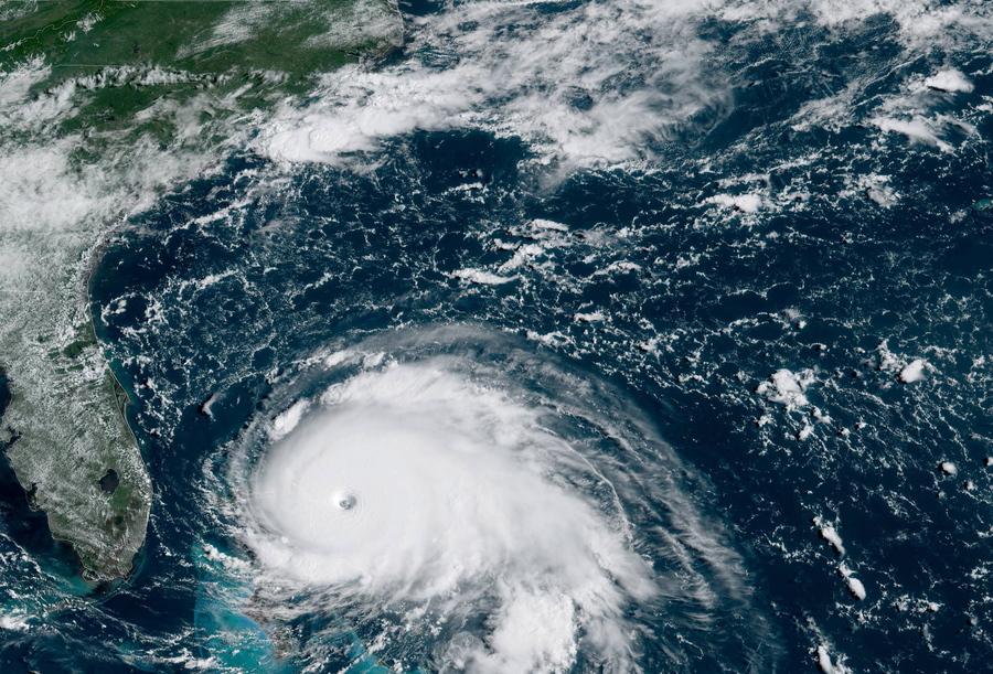 """Ο """"Ησαΐας""""… χορεύει Βόρεια και Νότια Καρολίνα – Αναμένεται με ισχύ τυφώνα"""