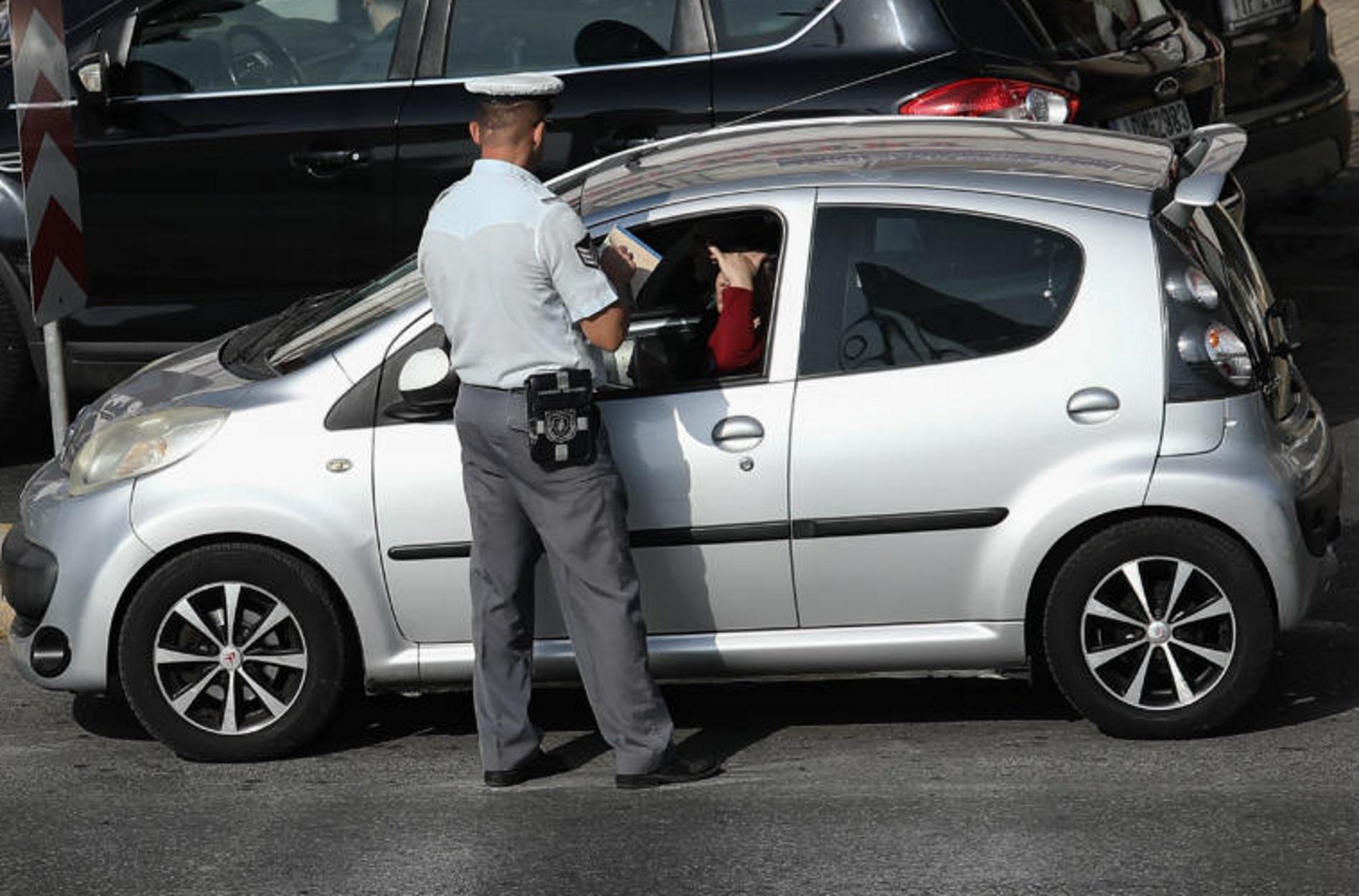 Τροχαία: Χιλιάδες κλήσεις μοίρασε το Σαββατοκύριακο – 9 οδηγοί συνελήφθησαν