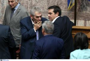 Βουλή: Στα χέρια Τσίπρα και Παπαγγελόπουλου η δικογραφία για τη Novartis