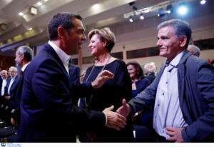 """Μια ωραία… ατμόσφαιρα στον ΣΥΡΙΖΑ! """"Προεδρικοί"""" vs """"κομματικών"""" και στη μέση ο Τσίπρας"""