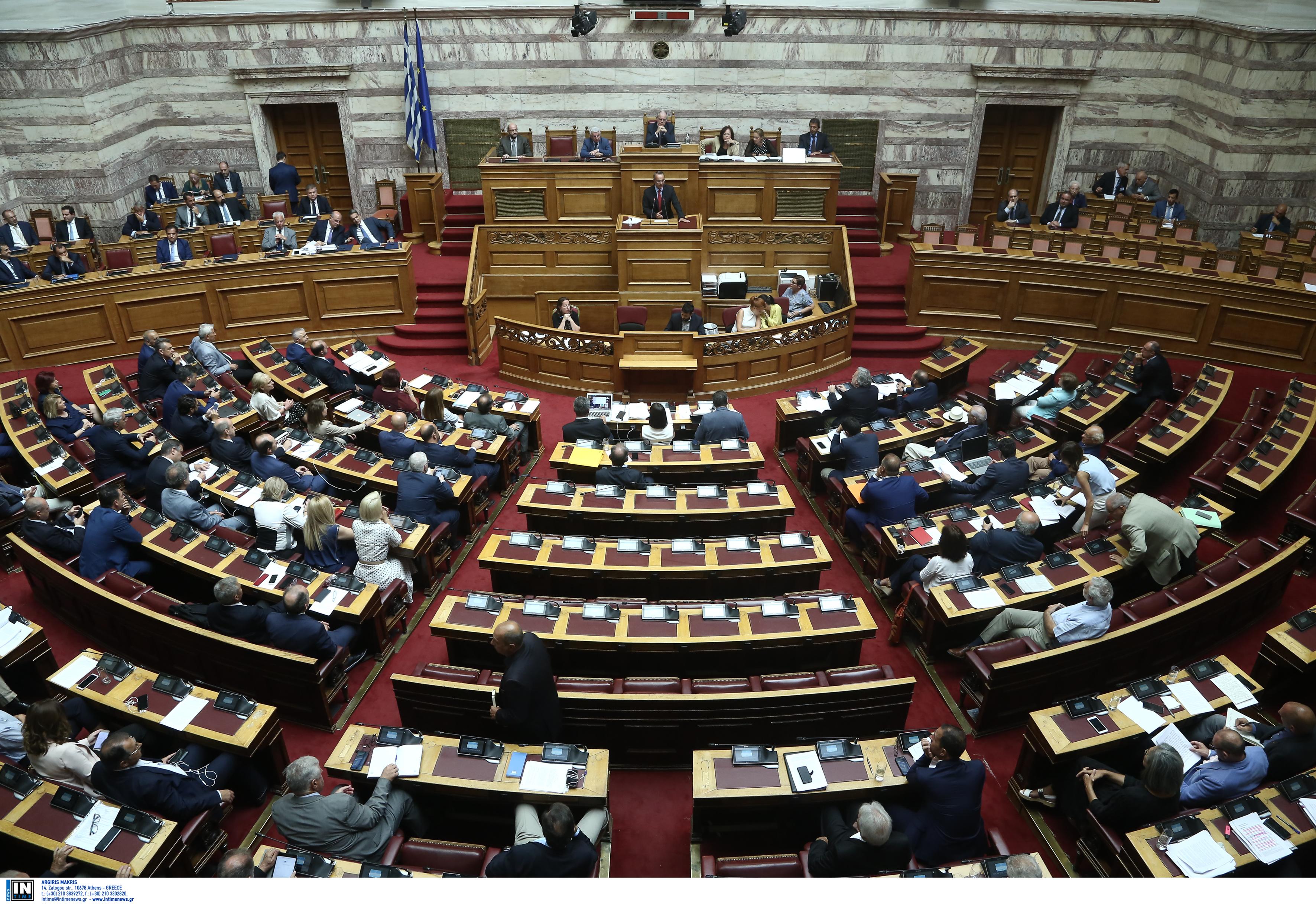 Στα… μαλακά ο Μαρκόπουλος – Συστάσεις από τον πρόεδρο της Βουλής