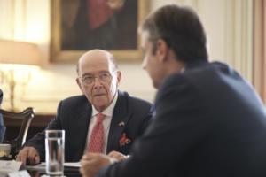 Γουίλμπουρ Ρος: Εντυπωσιακές οι επιδόσεις της ελληνικής οικονομίας