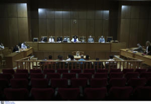 Δίκη Χρυσής Αυγής: Κι άλλος κατηγορούμενος στην επίθεση εναντίον του ΠΑΜΕ απλά έβλεπε…