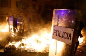 «Άγρια» επεισόδια στην Καταλονία! Πιθανές επιπτώσεις στo Μπαρτσελόνα – Ρεάλ Μαδρίτης