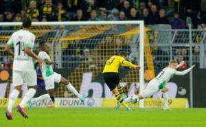 """""""Χαμός"""" στην κορυφή της Bundesliga! videos, pic"""
