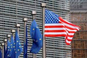 ΗΠΑ: Σε ισχύ οι επιπρόσθετοι δασμοί σε χιλιάδες προϊόντα που εισάγονται από την ΕΕ