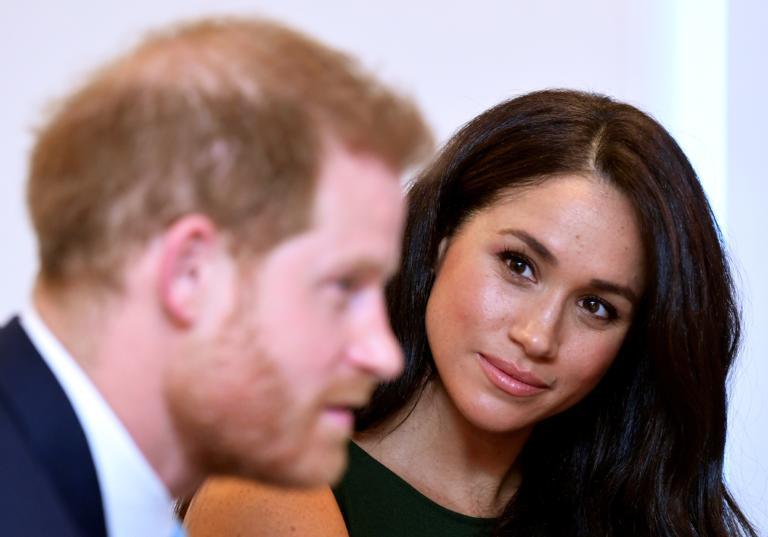 """Πρίγκιπας Ουίλιαμ: """"Ανησυχεί"""" για την ψυχική υγεία του πρίγκιπα Χάρι και της Μέγκαν!"""