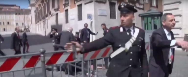 Ιταλία: Δύο νεκροί αστυνομικοί από πυροβολισμούς κοντά σε τμήμα στην Τεργέστη!