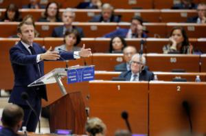 Μακρόν: Δεν δικαιούνται άσυλο όλοι όσοι το ζητούν