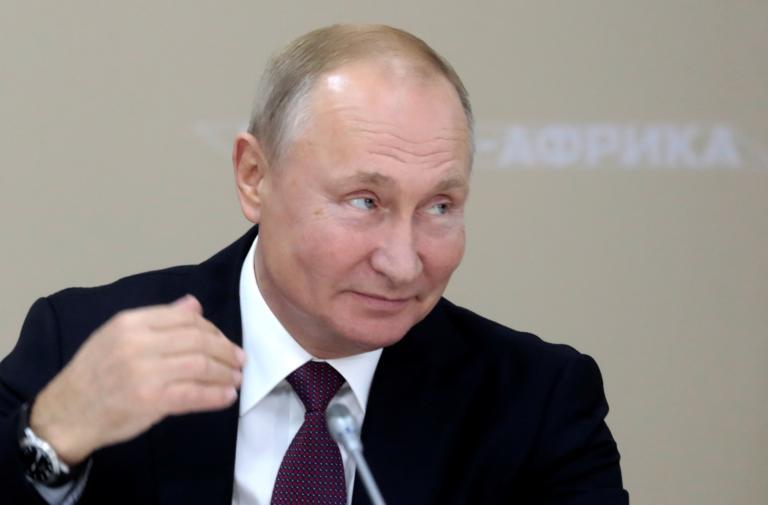 """Κρεμλίνο: """"Κανείς δεν σκέφτεται"""" για τον διάδοχο του Πούτιν"""