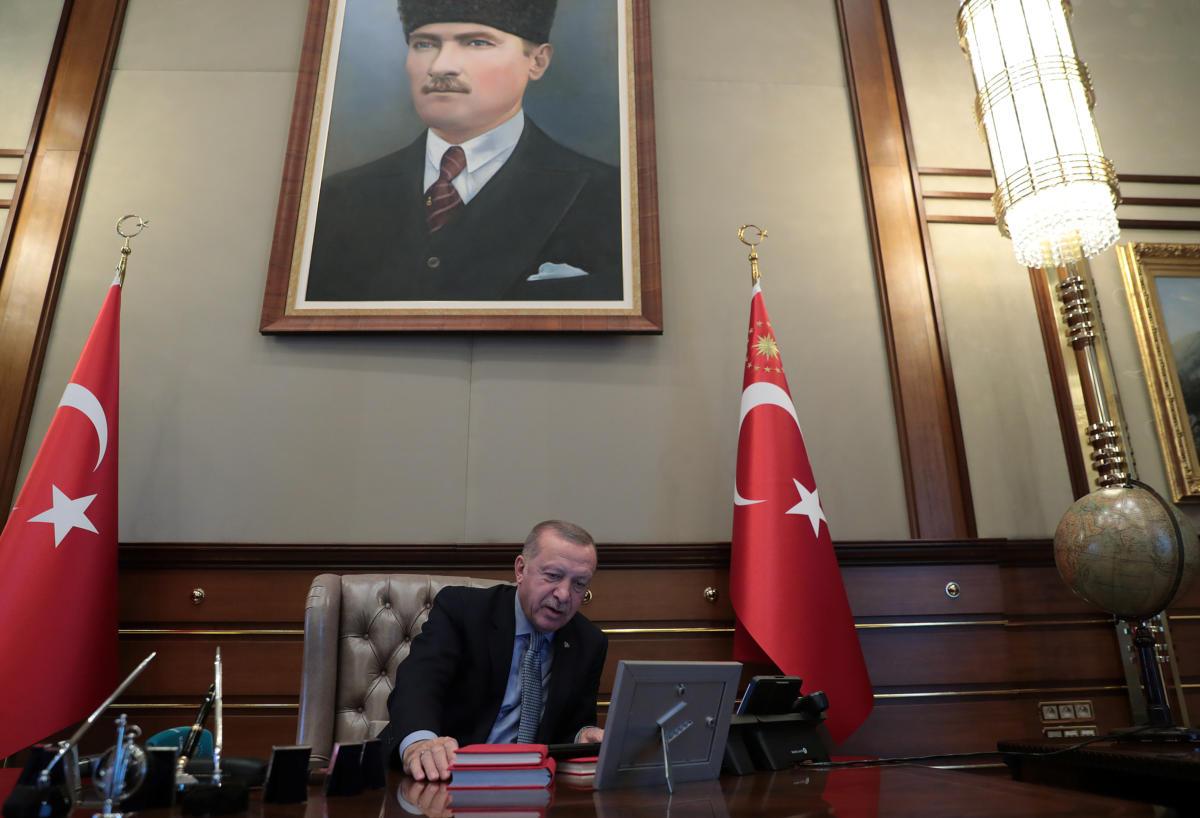 SYRIA SECURITY TURKEY 3 1200x818 - Συρία: Ξεκίνησε η χερσαία επίθεση των τουρκικών δυνάμεων