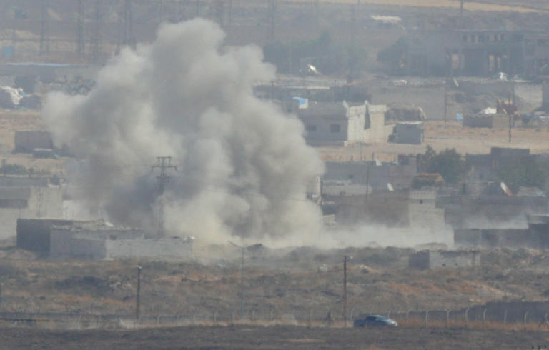Συρία: 19 άμαχοι νεκροί σε αεροπορικές επιδρομές στην Ιντλίμπ