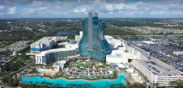 Φλόριντα: Άνοιξε το πρώτο ξενοδοχείο σε σχήμα… κιθάρας! video