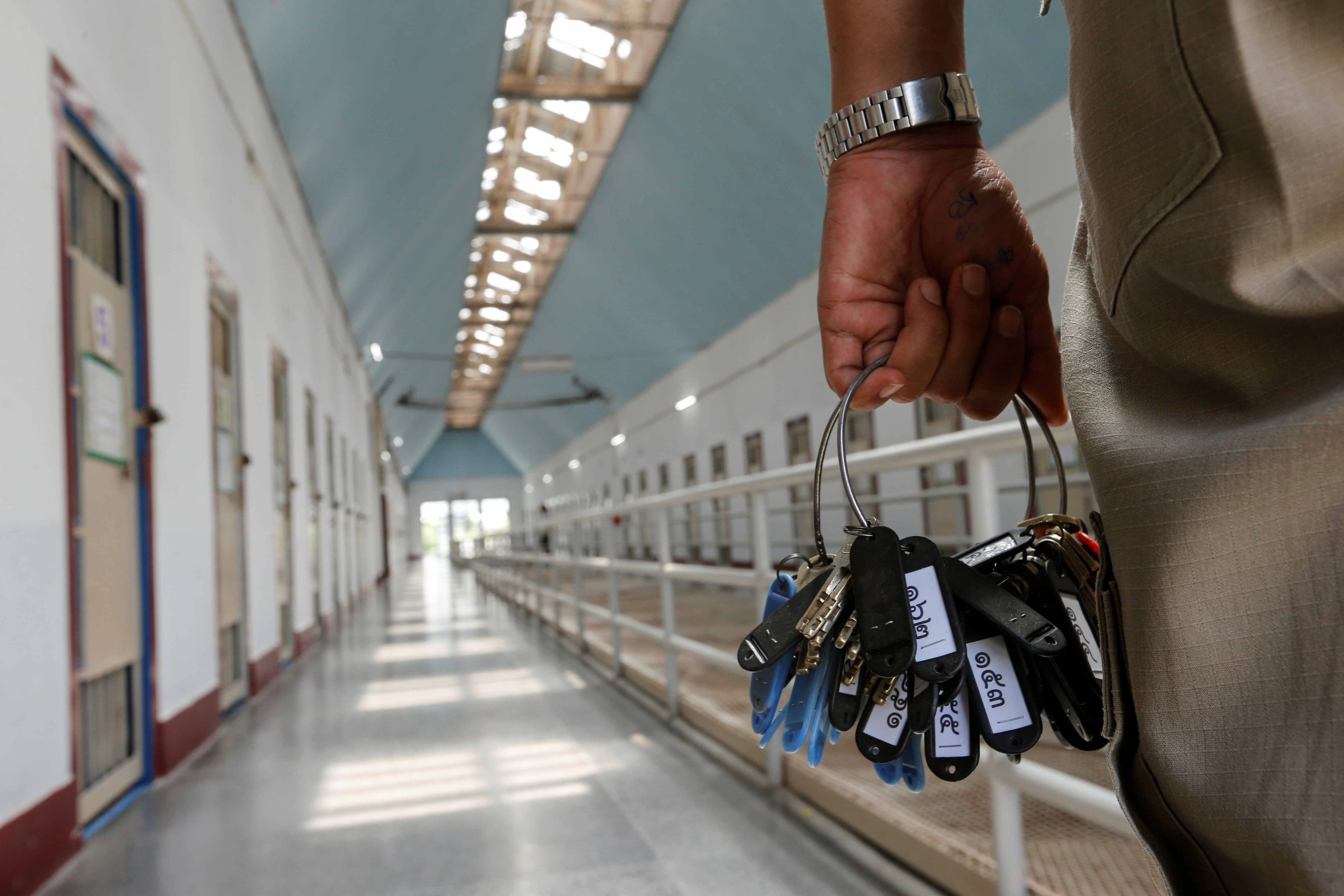 Ρίτσαρντ Ραμίρεζ: Ο στυγερός serial killer που καταδικάστηκε 19 φορές σε θάνατο