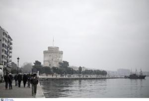 Θεσσαλονίκη: «Μου άρπαξε το κινητό και με έσπρωξε στον Θερμαϊκό»