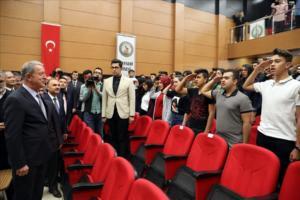 Τουρκία: Μαθητές υποδέχθηκαν τον Ακάρ με στρατιωτικό χαιρετισμό [Pics, video]