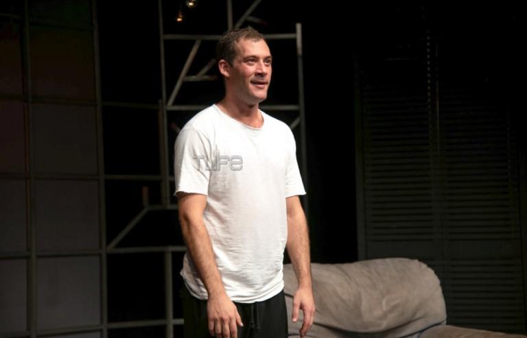 Αντίνοος Αλμπάνης: Έκανε πρεμιέρα στο θέατρο μετά τη δύσκολη περιπέτεια με την υγεία του