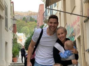 Παναθηναϊκός: Ενθουσιασμένη η οικογένεια Φριντέτ! Δοκίμασε γύρο στην Αθήνα – videos
