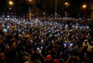 Βαρκελώνη: Στους δρόμους και πάλι χιλιάδες αυτονομιστές [pics]