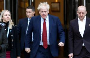 """""""Φυλακίστε τους""""! Ο κακός χαμός στο συνέδριο των Συντηρητικών για το Brexit"""