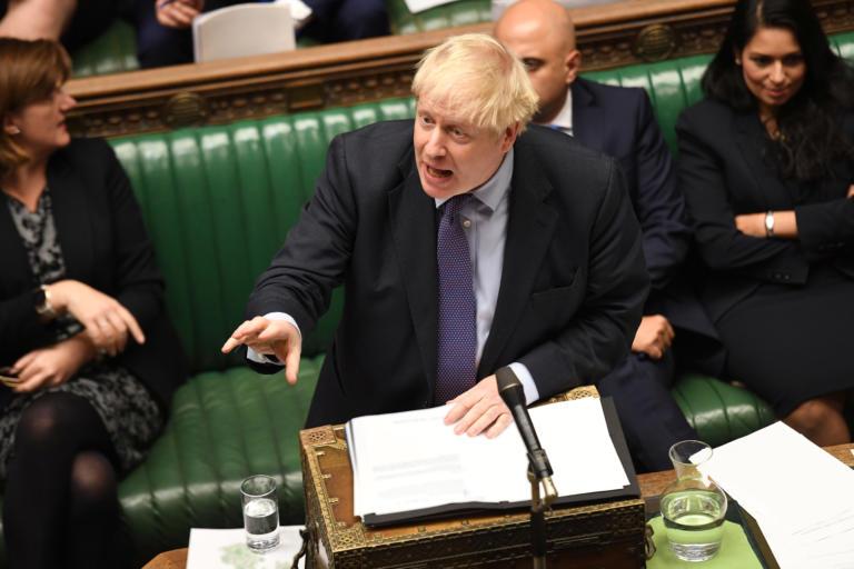 Brexit – Τζόνσον σε Κόρμπιν: Φέρσου σαν άνδρας και πάμε σε εκλογές!
