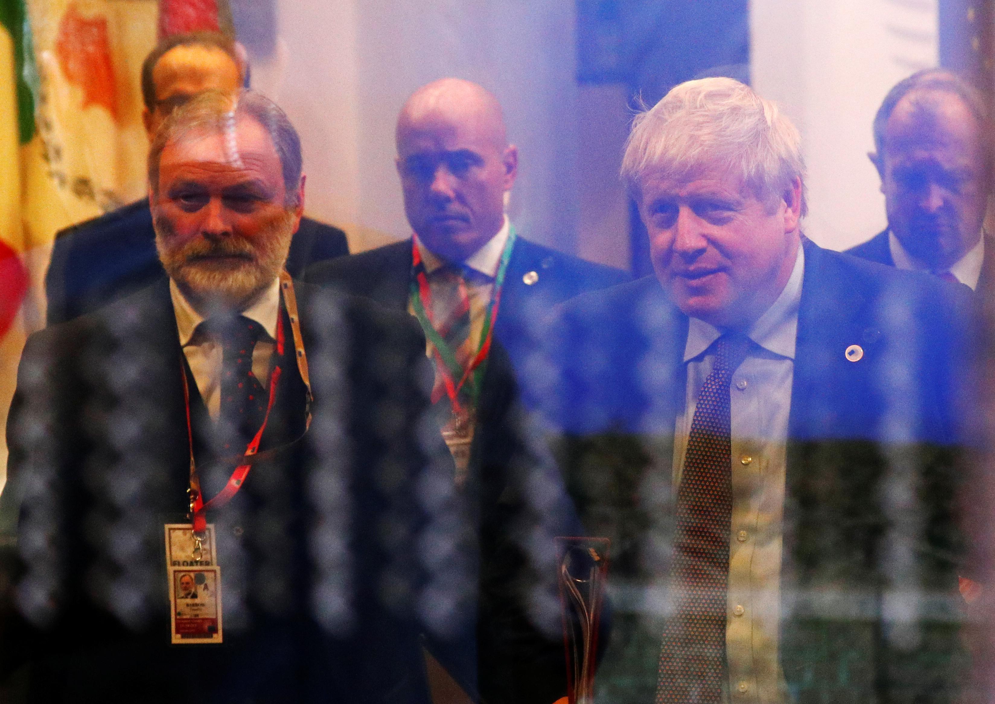 """Από τα Φόκλαντς στο Brexit – """"Μεγάλο Σάββατο"""" για τον Μπόρις Τζόνσον – Ο «μαγικός αριθμός» 320 και η παράταση"""