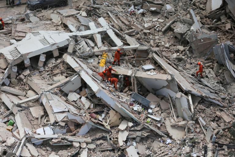 Βραζιλία: Πέντε νεκροί και πέντε αγνοούμενοι από την κατάρρευση επταώροφης πολυκατοικίας [Pics]