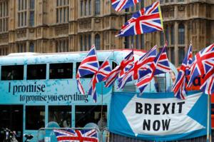 "Brexit: Πέντε υπουργοί απειλούν με παραίτηση στην περίπτωση του ""no – deal"""
