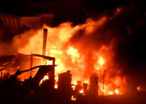 Εντολή εκκένωσης για 50.000 ανθρώπους στην Καλιφόρνια! Μαίνεται η καταστροφική πυρκαγιά